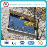 auf Zeile Ofe Zeile niedriges E Glas des Gebäude-Fenster-Glas-
