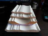 El moldeo de techo decorativo