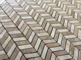 Шеврон шаблон использованием мозаики плитки