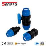 Válvula de bola doble de la unión del PVC plástico de la alta calidad para la irrigación