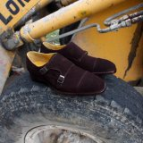 フィートのサイズおよびハンドメイドのGoodyearのふち飾りの小売りの靴によるカスタマイズされた靴