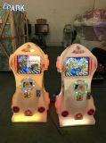 Les enfants exploités pièce de monnaie électronique de l'Inde Machine de jeu de course de voitures