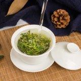 100% orgânico de folhas de chá verde com o Monte Alto