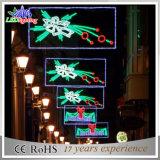 Vacances solaires de décoration de Noël à travers des réverbères de DEL