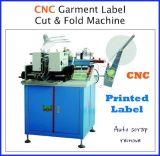 CNCの超音波衣類のラベルの札の切断および折りたたみ機械