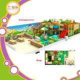 Campo de jogos interno de Mcdonalds para o parque de diversões