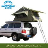 オフロード車によっては屋根の上のテントが現れる