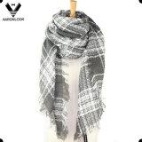 Sciarpa del quadrato del Knit tessuta bordo acrilico della frangia di inverno delle signore
