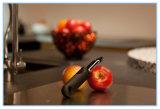 Buen eslabón giratorio Peeler de los apretones para las frutas y verdura