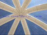 Tenda gonfiabile dell'iglù del grande tetto libero con l'entrata del traforo