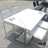 Прямоугольная 4-местный столовой таблица с кварцевой верхней части