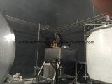 Linha de produção completa inteira começo do sumo de laranja com fruta fresca