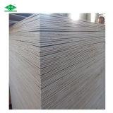 Contraplacado de madeira de vidoeiro branco laminado barato de Birch Venner Contraplacado