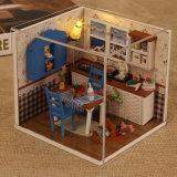 Het in het groot Houten Poppenhuis van Jonge geitjes voor het Stuk speelgoed van Jonge geitjes