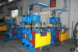 Doppeltes Station-Gummisilikon-vulkanisierenmaschine für Armband Keychain hergestellt in China