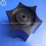 La piccola plastica innesta il piccolo pignone del nylon POM