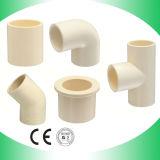 CPVC 플라스틱 티 CPVC 관 티를 적합한 온수 공급