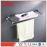 Cremagliere di tovagliolo fissate al muro della stanza da bagno della garanzia di qualità