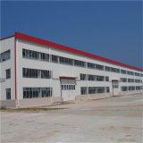 Helle Stahlaufbau-Werkstatt