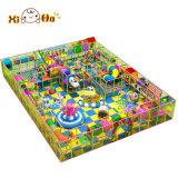 Campo da giuoco dell'interno dei bambini divertenti del cavallo del cavaliere dei bambini poco costosi dei giochi