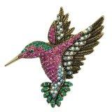 ラインストーンの想像の多彩な鳥の銀によってめっきされるブローチ