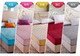 Cubierta de colchón impermeable con los primeros acolchados cremallera del colchón con la falda