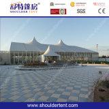 結婚披露宴および展覧会のイベント教会玄関ひさしに使用する大きい結婚式のテント