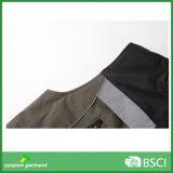 Vestuário acolchoado com fitas reflexivas