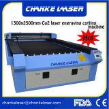 1300X2500mm CO2 Laser-Stich-Maschinerie für hölzernes Acrylplastikgewebe MDF-Furnierholz