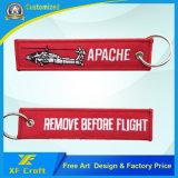 カスタム昇進はあらゆるロゴと飛行刺繍Keychainsの前に安く除去する
