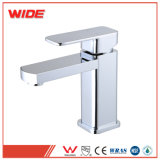 Golpecitos y mezcladores de la alta calidad para los cuartos de baño importados de China (101D31024CP)