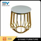 Самомоднейшая таблица стороны золота вазы металла мебели с мраморный верхней частью