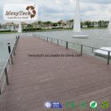 Decking extérieur composé en bois imperméable à l'eau de matériau de construction de WPC