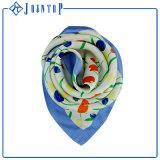 Châle carré Chiffon d'écharpe de mode Rouler-Ourlé par main florale d'ODM