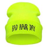 Unisex связанный Beanie шлема плохой зимы вышивки дня волос панковской теплый (HW146)