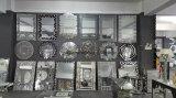 """Specchio fissato al muro moderno dell'argento del vetro """"float"""" senza blocco per grafici"""