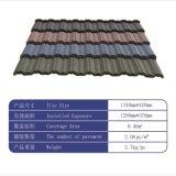Type en esclavage tuile de poids léger de toit enduite en métal de pierre colorée