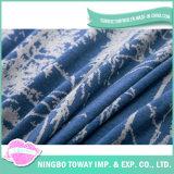 綿の柔らかいベッドの装飾的で暖かい印刷された編まれた投球毛布