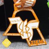 L'abitudine all'ingrosso di alta qualità mette in mostra la medaglia promozionale di attività del metallo dello smalto molle