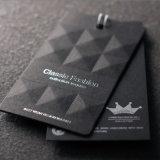 O vestuário por atacado da boa qualidade imprimiu o Tag preto do cair do cartão