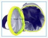 小さい円形の手持ち型のクーラー袋