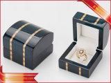 Cuadro de anillo de madera Joyas de madera caja de embalaje