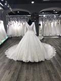 Noiva original do laço da luva longa elegante a ser vestido de casamento