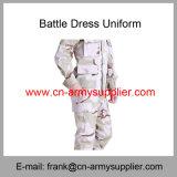 Uniforme di vestito poco costosa all'ingrosso da battaglia di Ripstop della polizia del camuffamento del deserto dell'esercito della Cina