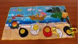 L'estate pp ha riempito la stuoia tessuta pieghevole della spiaggia