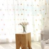 다채로운 눈 작풍 아이들의 침실을%s 투명한 Tulle가 백색 보일 3D 커튼에 의하여 수를 놓았다
