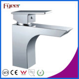 熱く、Cold Water Bathroom Basin Faucet Mixer Tap (Q3038)