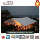 la tenda di 20m x di 100m per uso come chiesa e prega Wordshiper