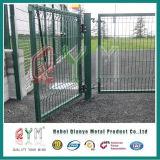 Utilizan cercas de malla de alambre recubierto de PVC y puertas Sistema de venta