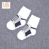 Носок Терри хлопка младенца с анти- выскальзованием